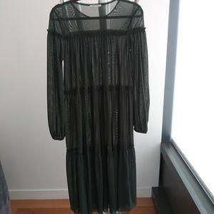 Zara Dresses - Dress
